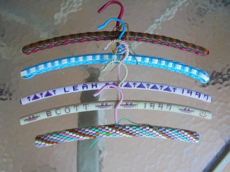 Natural hangers tube