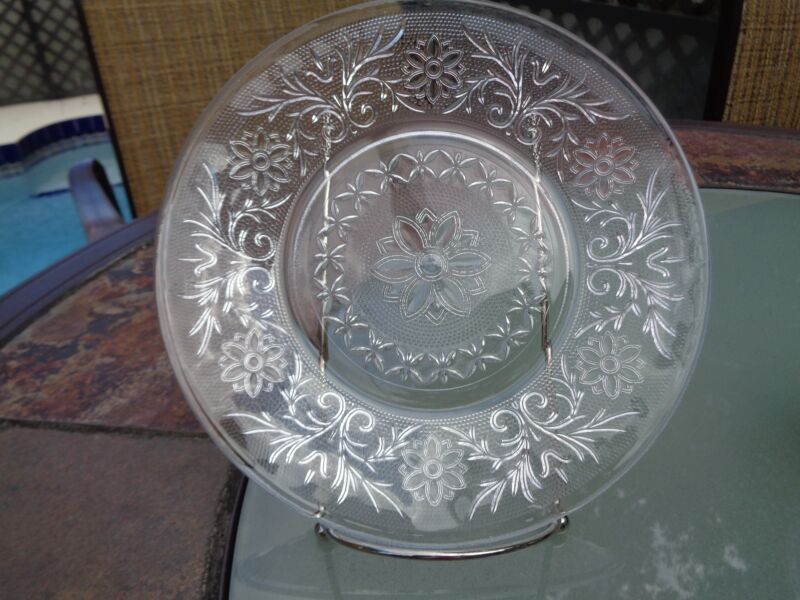 Vintage Depression Anchor Hocking Sandwich Pattern Crystal Dish