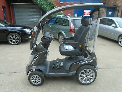 DRIVE ROYALE SPORT LUXURY 8 MPH MOBILITY SCOOTER WITH CANOPY. VIRTUALLY UNMARKED