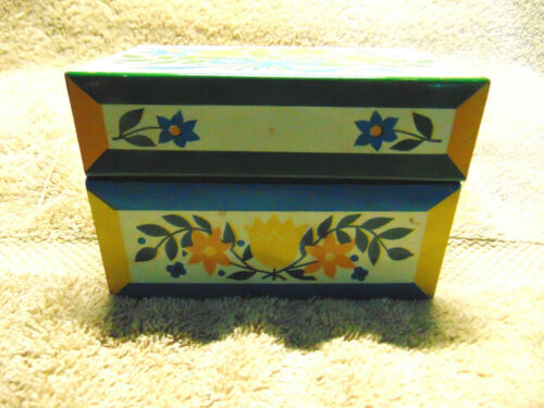 Antique Metal Recipes Box Blue White Floral With Handwritten & Typed Recipes