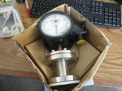Nks Pressure Guage. Model Kan 1090  New Old Stock