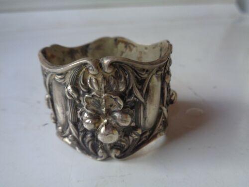 Antique  Nouveau  Ornate Flowers Sterling Silver Napkin Ring Margret Howard