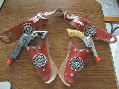Texan Jr. Cast Iron cap gun and holster,  RARE,