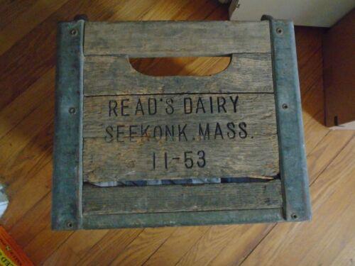 Vintage Reads Dairy Seekonk,Mass. 1953 Milk Crate