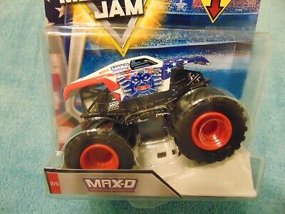 MAX-D  STARS & STRIPES COLLECTION 2018 NEW Hot Wheels Monster Jam Truck