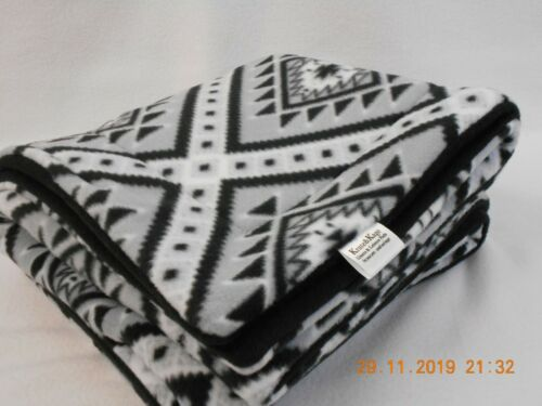 """Midwest Size-DELUXE-Fleece Cage Liner(24""""X49"""") Black/Gray Native Diamond"""