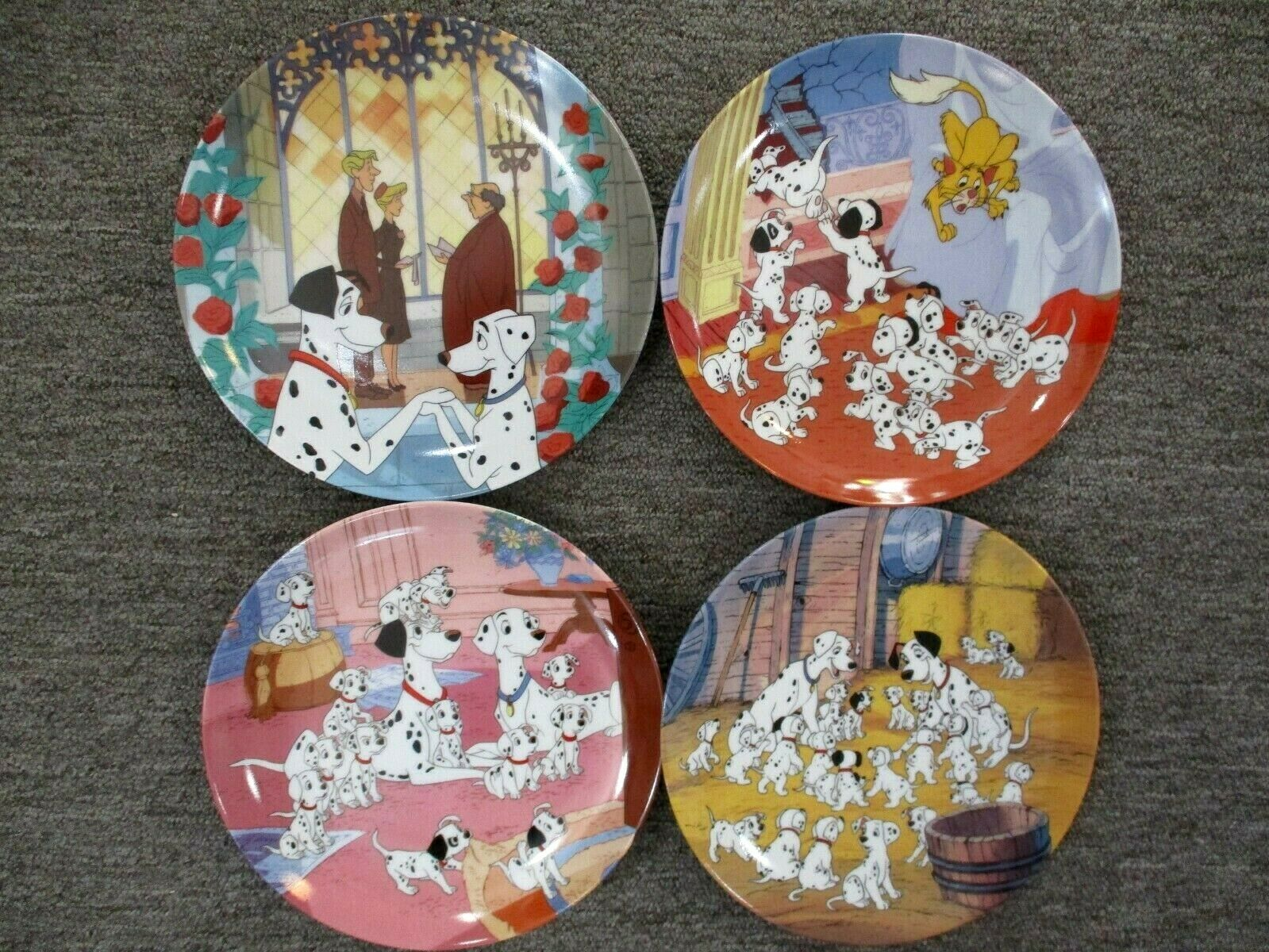 "Bradford Exchange Disney's 101 Dalmations 8.5"" Plates Set of 4 In Collector Box"