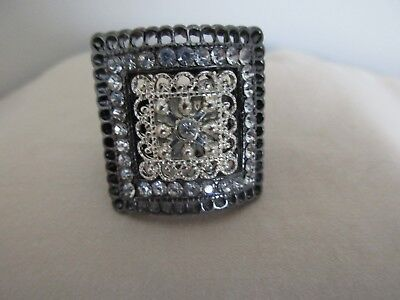Hematite/Black Rhinestone Silver tone Square Adjustable Elastic Ring Pre-Owned - Hematite Square Ring