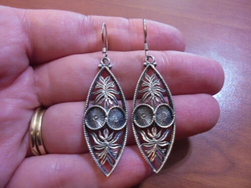 Vtg Sterling silver palm leaf and coconut dangle hook earrings 5.6 grams