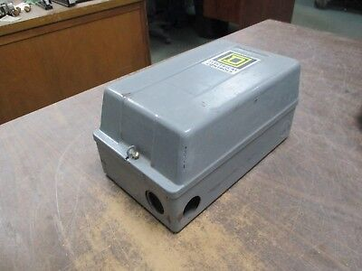 Square D Enclosed Lighting Contactor 8903 Smg 12 120v Coil 30a 600v Used