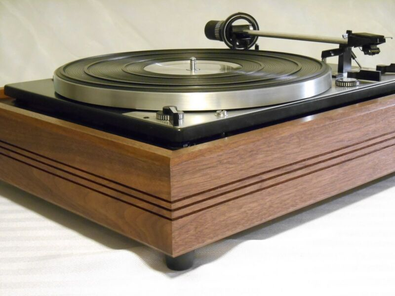 Custom Plinth (Base) for Dual, Garrard, Miracord Turntables and others.