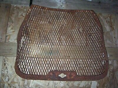 Vintage Allis Chalmers D 14 Tractor - Grille Screen