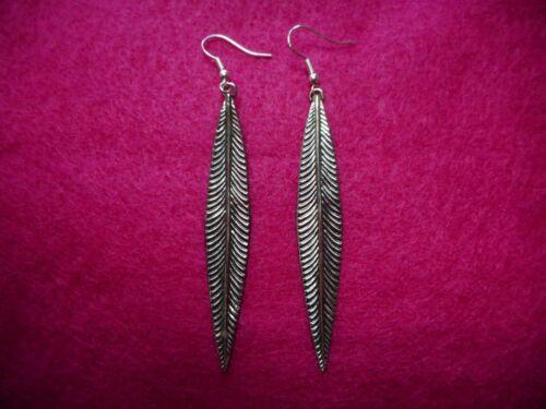 Vintage Ermani Bulatti Old Silver Findings Feather Dangle PIERCED Earrings
