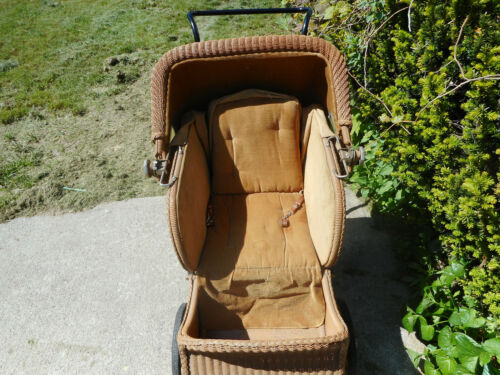 UNIQUE WICKER AND WOOD BABY CARRIAGE