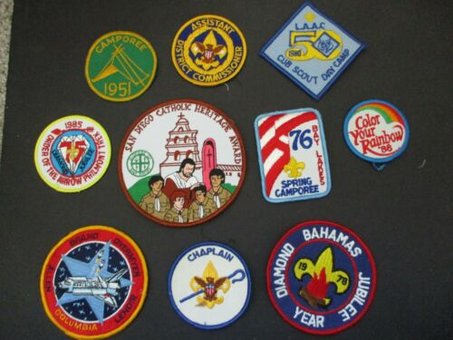 Lot of 10 boy scout patches #18