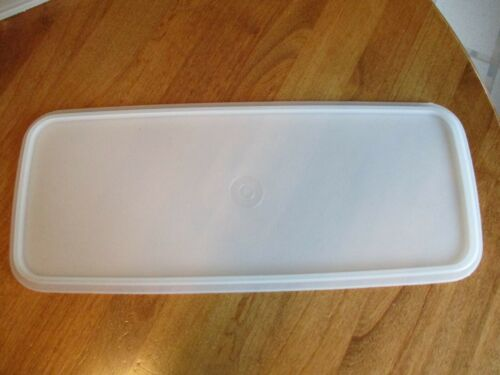 TUPPERWARE Replacement Celery Bread Keeper Cover Only (No Container) #784 Frost