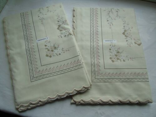 Old stock un use 2 cotton euro sham pillow cases made in Italy