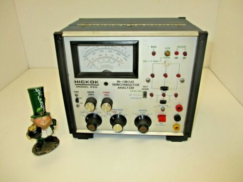 Hickok Model 220 Semiconductor device analyzer in circuits parameters meter