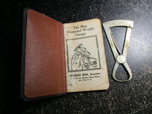 The Moe Diamond Weight Gauge With Book