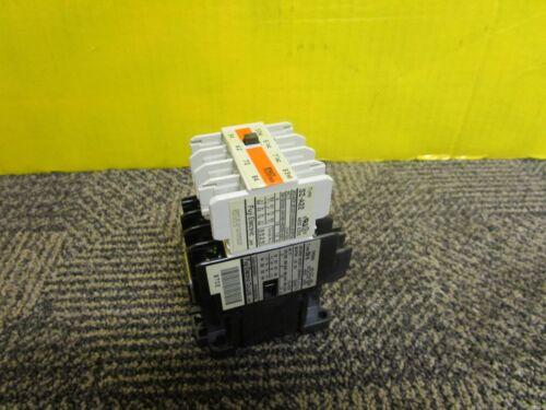 NEW FUJI ELECTRIC CONTACTOR SH-4 SH04AA 100-110V COIL  w/ SZ-A22