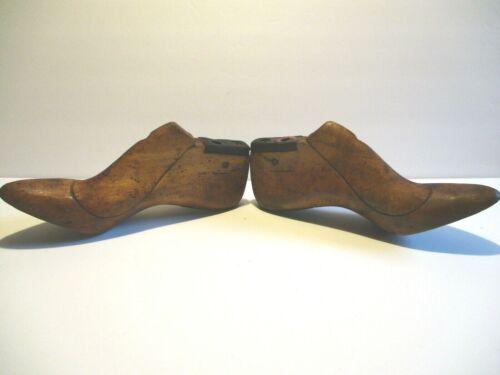 "Cobblers Wood antique Pair Ladies Wooden Shoe Form Lasts~Size 6B~3"" High Heel"