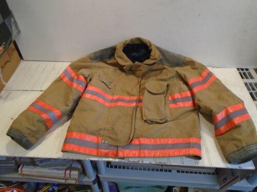 Janesville Turnout Coat - Mens size 46R-29