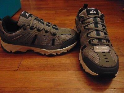 new mens skechers outdoor crossbar water repellent shoes size 12 memory foam