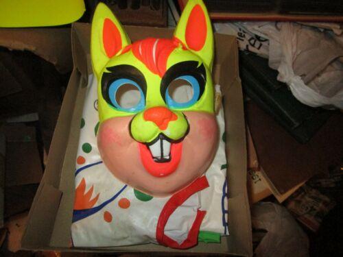 Vintage  Bland Charnas Peter Rabbit  Halloween Costume Mask & Box
