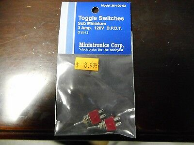 Miniatronics - Toggle Switches Sub Minature 3 Amp. 120V D.P.D.T. (2Pcs)