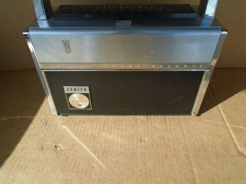 Vintage Zenith Trans-Oceanic Royal 3000-1 FM-AM Multiband Transistor Radio