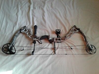 Diamond Outlaw Compound Bow Package Camo 50-60 Lbs. Adj.Draw length-GREAT (L@@K)