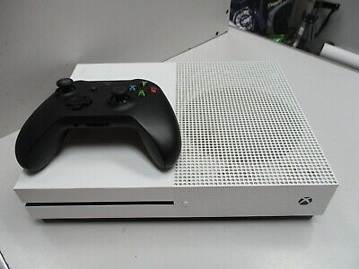 XBOX ONE S 1TB CONSOLE - WHITE -MODEL 1681 + BLACK WIRELESS CONTROLLER+LEADS