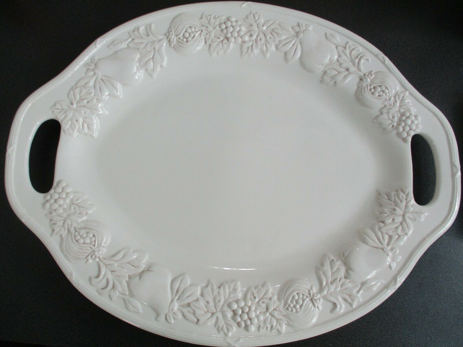 "Gibson Elite 21"" White Oval Fruit Pattern Turkey Serving Platter With Handles"