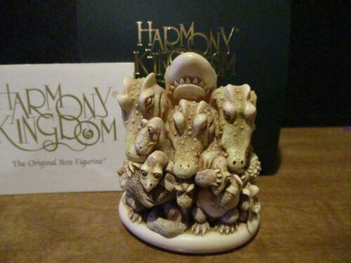 Harmony Kingdom Wildlife Warriors Animals pay tribute to Steve Irwin Croc Hunter