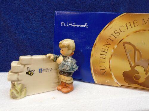 Hummel - Over The Horizon display plaque #828, TMK8, mint in box