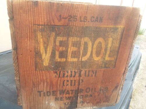 VEEDOL WOODEN SHIPPING BOX.....GRAPHICS ON ALL 4 SIDES....LOOK