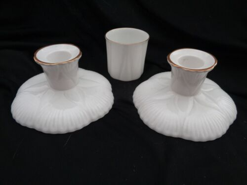 Shelley Made In England White And Gold 2 Candle Holders And Cup