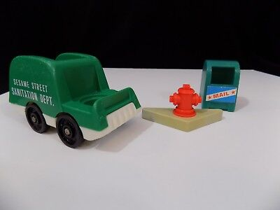 Vintage Fisher Price Little People SS Trash Truck, Mail Box, Corner Fire -