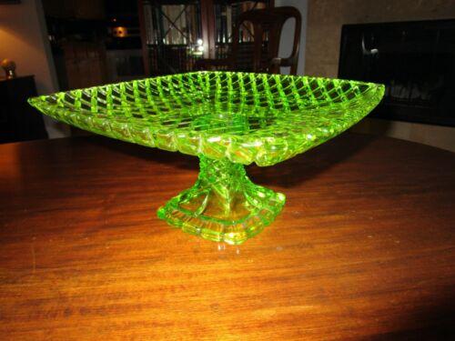 Antique ArtNouveau Bohemian Iridescent Glass Centerpiece CakeStand BasketWeave