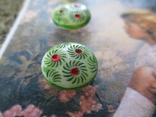 """Set of 4~Vintage 1/2"""" Hand Painted green flower glass Buttons  NOS"""