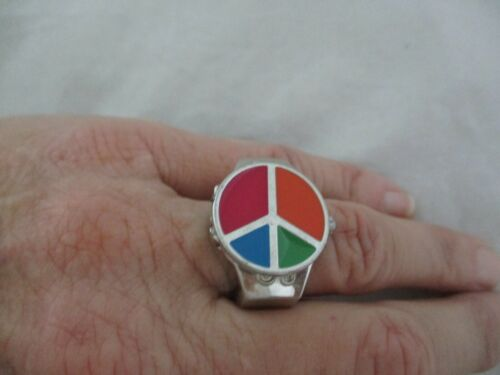 Finger Ring Watch w/Peace Symbol Cover