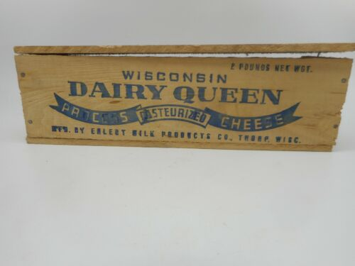 Vintage Wood 2 LB DAIRY QUEEN DQ Advertising Cheese Box Crate from THORP WI