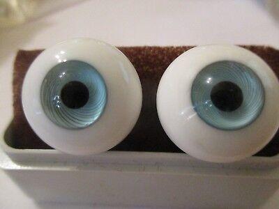 16 mm Blue Paperweight Glass Eyes Dolls, 9 mm Iris    A1
