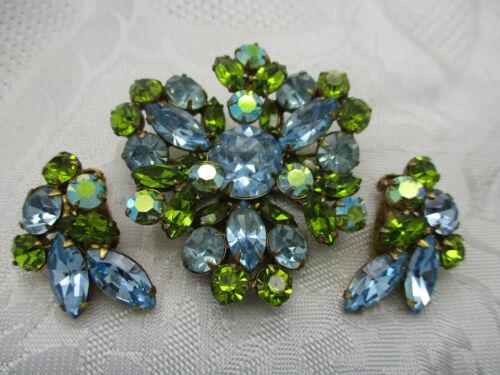 VINTAGE JEWELRY GREEN AB BLUE PRONG SET GLASS RHINESTONE  BROOCH CLIP EARRINGS