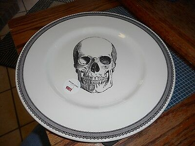 New Royal Stafford Made In England Pottery Skull Halloween 11