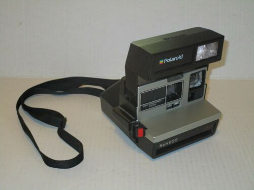 Vintage Polaroid Sun 600 LMS Instant Film Camera with Strap TESTED