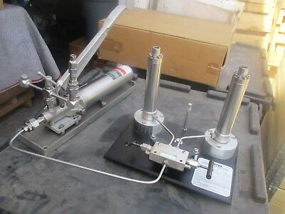 Ametek Model Dm-t-150-1l Hydraulic Dead Weight Tester