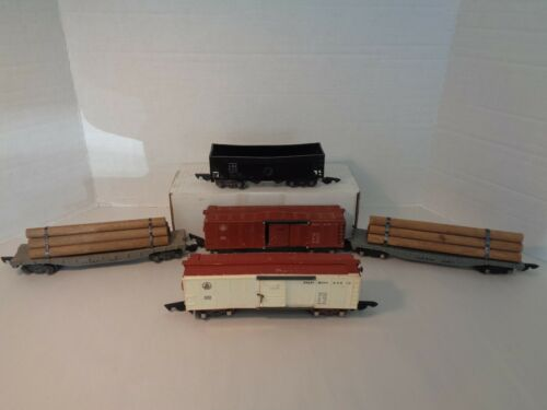 AMERICAN FLYER 5 EARLY 1946 FREIGHT CAR COLLECTION W/WARPING!