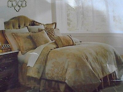 New Veratex Carrington Chenille Jacquard  5 Piece Oversized Queen Comforter Set