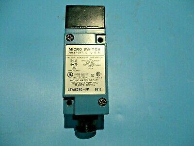 New Vektek 713472-000 Manual Operated 4-way Hydraulic Valve